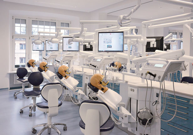 Phantom classroom with 32 networked and fully-digitized dental simulation units in the Carl Gustav Carus Dresden University Clinic